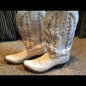 Old West Cowboy boots. Size 7 only worn once